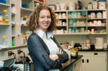 Congratulations to Dr Yvonne Lamers for being promoted to Associate Professor with tenure!